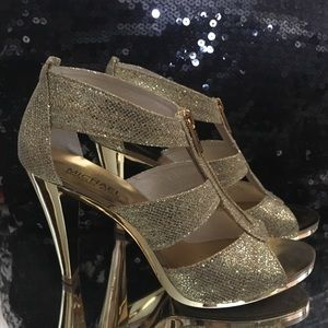 Gold zipper heels